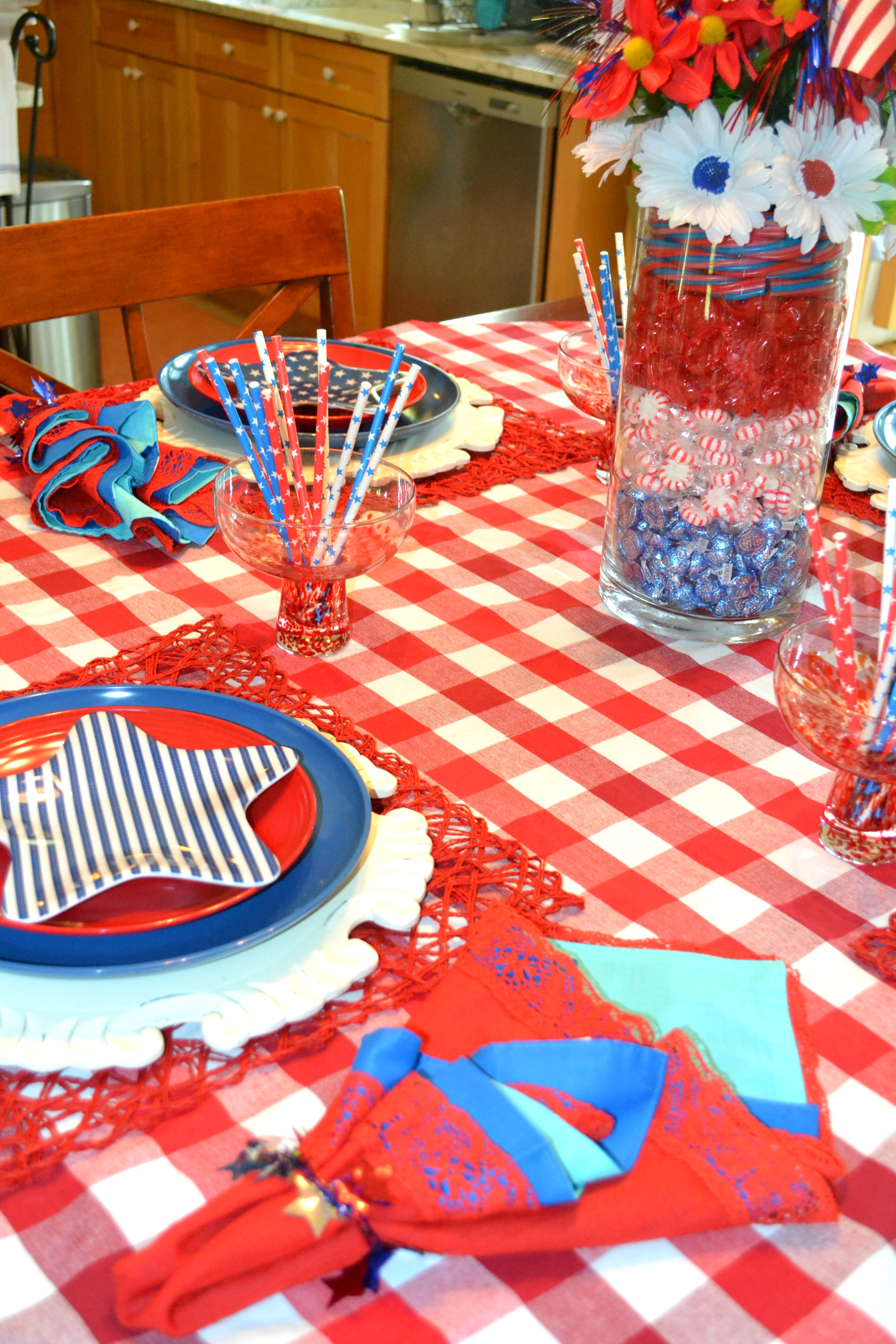 July 4th Candy Centerpiece and Table | Whisker Meadow