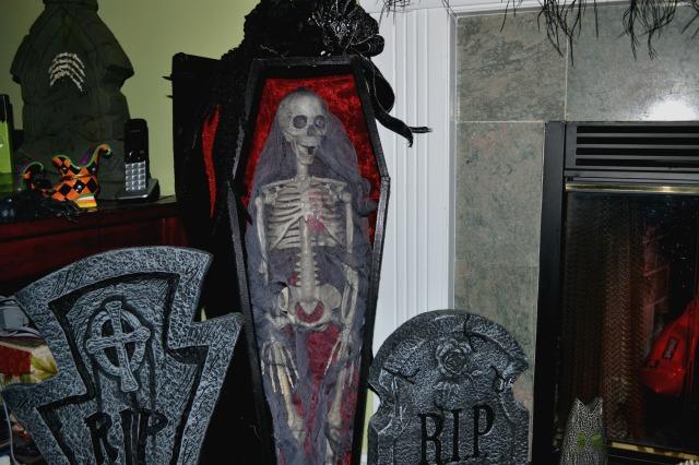 coffin01